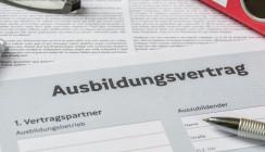 Urteil: Azubi ohne echte Ausbildung steht mehr Bezahlung zu