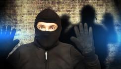 Polizist geht zum Zahnarzt und schnappt Serieneinbrecher