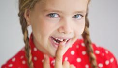 Eltern besuchen mit Kleinkindern zu selten den Zahnarzt