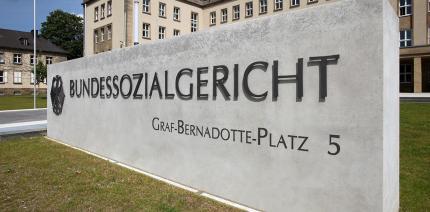 Bundessozialgericht: Kein Anspruch auf wöchentliche PZR