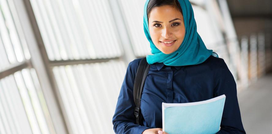 Kopftuch ≠ Lehrstelle: Schweizer Praxis verweigert Ausbildungsplatz