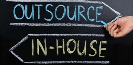 Outsourcing auch in Coronazeiten vorteilhaft