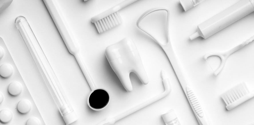 Zahnpflege: Beste, schlechteste und unerprobteste Hilfsmittel