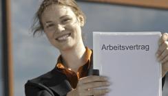 Arbeitsvertrag: Kostenloses Ratgeberportal gibt Hilfestellung