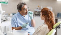 Zusatzkosten: Aufklärung in Zahnarztpraxen mangelhaft
