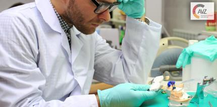 Meisterpflicht muss auch im Zahnlabor von MVZ gelten