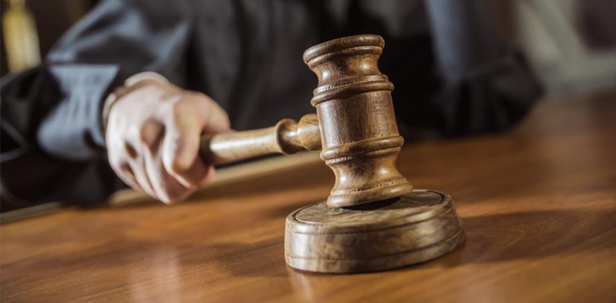"""Berufung abgewiesen: """"Spanner-Zahnarzt"""" verliert Kassenzulassung"""