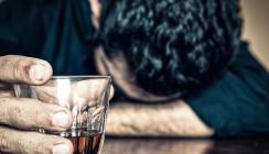 Aus Angst vor dem Zahnarzt: Patient erscheint betrunken zum Termin