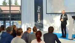 Berufsperspektiven im Visier: Career Day auf der IDS 2017