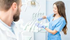 Klischee erfüllt: Schweizer Dentalassistenten sind weiblich