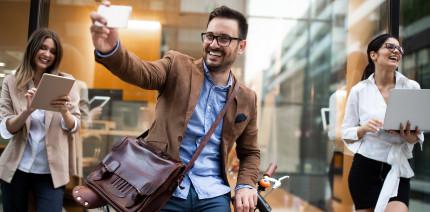 Ständige Bereitschaft an Tablet und Smartphone beeinflusst Gesundheit