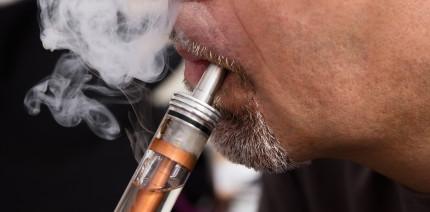 Vier Zähne eingebüßt durch E-Zigaretten-Explosion