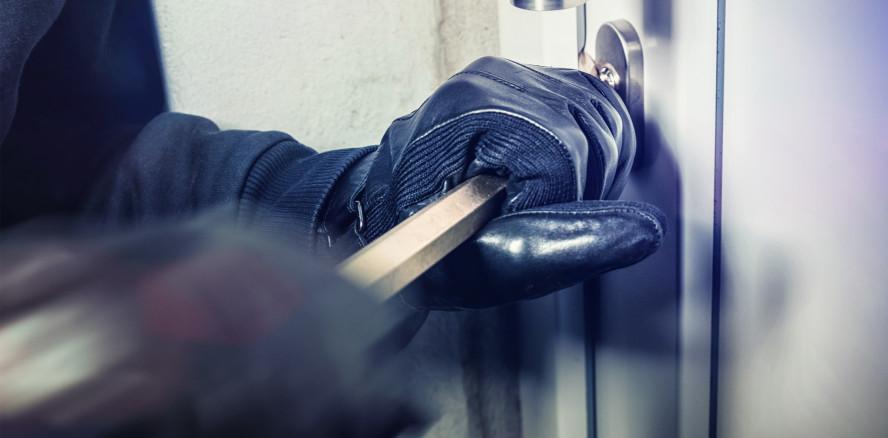 Einbrecher stehlen Labortechnik im Wert von mehr als 100.000 Euro