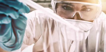 Forscher optimieren Peptid zur Kariesprophylaxe