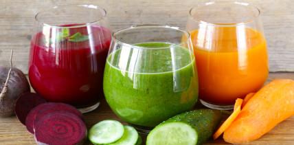 Gemüsesäfte enthalten viel Zucker oder Salz