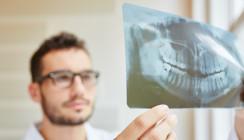 PKV darf Patienten auf Behandlungsfehler hinweisen