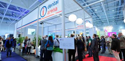 Expertenvortrag zum Thema HIV auf den id infotagen dental