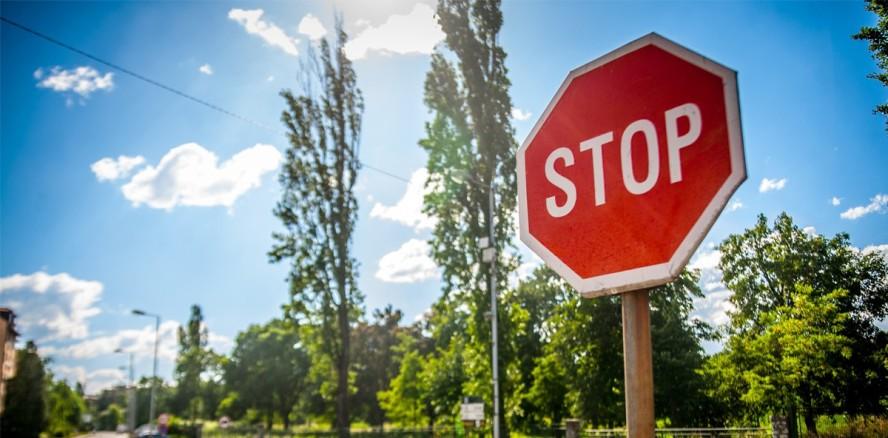 Klagenfurter Zahnarzt sammelt Unterschriften gegen Berufsverbot