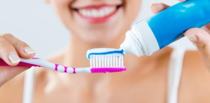 Gute Mundhygiene verbessert das Management bei Lupus