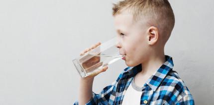 Mundtrockenheit bei Kindern kann vermehrt zu Karies führen