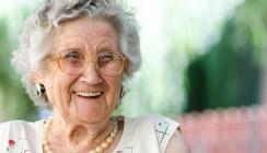 Gesund im Mund – auch mit Pflegegrad