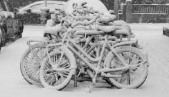 Dienstverhinderung durch Schnee: Das müssen Arbeitnehmer wissen