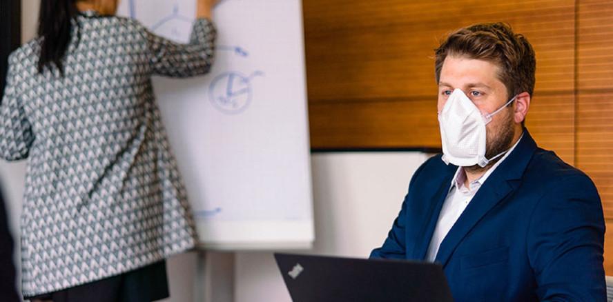 Eine Maske für alle Fälle für kontaktintensive Berufsgruppen