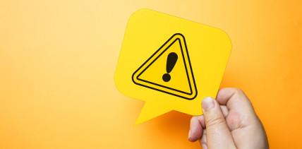 Manipulierte Bewertungen: Warnhinweis auf Portal rechtmäßig