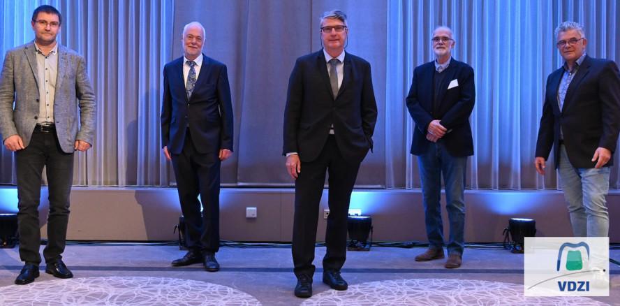 Dominik Kruchen als VDZI-Präsident wiedergewählt