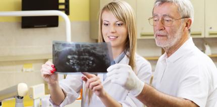 Die Zahnarztpraxis als Familienunternehmen