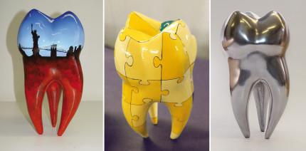 Eyecatcher: Riesige, künstlerisch gestaltete Zahnskulpturen