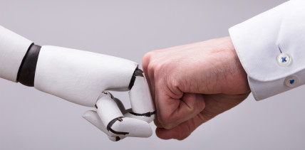 Roboter in der Praxis: Müssen ZFA um ihren Job bangen?
