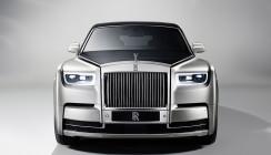 Rolls-Royce royal mit unikatem Armaturenbrett
