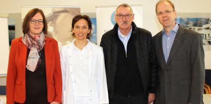 Nach 50 Jahren: Zahnärztin stellt Diagnose