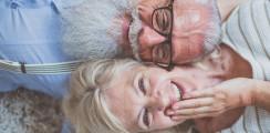 Senioren behalten mehr als die Hälfte ihrer Zähne