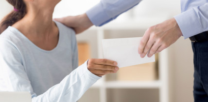 Steuerfreie Bonuszahlung: Unterstützung für Praxispersonal