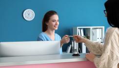 Studie zeigt: Fachärzte bevorzugen Privatpatienten