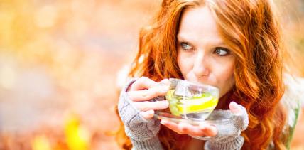 Aromatisierter Früchtetee: Risiko für die Zähne?
