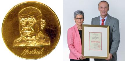 Prof. Dr. Roswitha Heinrich-Weltzien mit Tholuck-Medaille geehrt