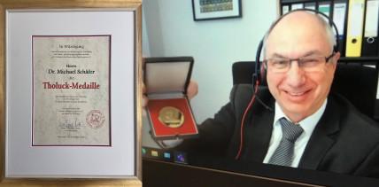 Dr. Michael Schäfer MPH mit der Tholuck-Medaille ausgezeichnet