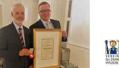 Prof. Dr. Ulrich Schiffner mit Tholuck-Medaille ausgezeichnet