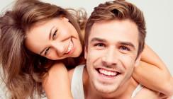 Umfrage: So wichtig sind gepflegte Zähne bei der Partnersuche