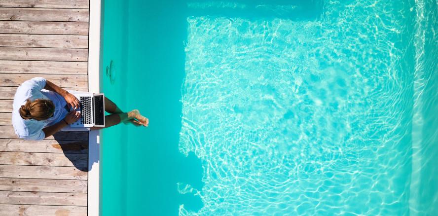 Arbeitgeber darf Mitarbeiter im Urlaub nur im Notfall kontaktieren