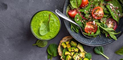 Mit vorrangig veganer Ernährung zu gesünderem Zahnfleisch