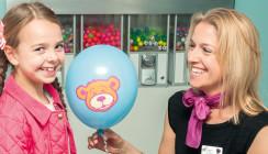 Deutsche Zahnärztin revolutioniert Kinderzahnheilkunde in London