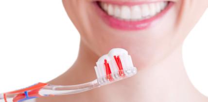 Jeder Dritte putzt Zähne nur aus ästhetischen Gründen