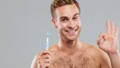 Zahnbürste als Liebesspielzeug: Urologe sprachlos