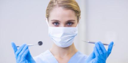 Studie: Frauen dominieren zunehmend in der Zahnmedizin