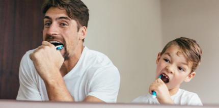Zahngesundheit der Deutschen: Zweimal am Tag muss sein!