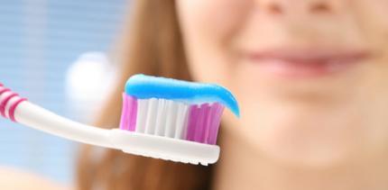 Deutsche putzen besser Zähne